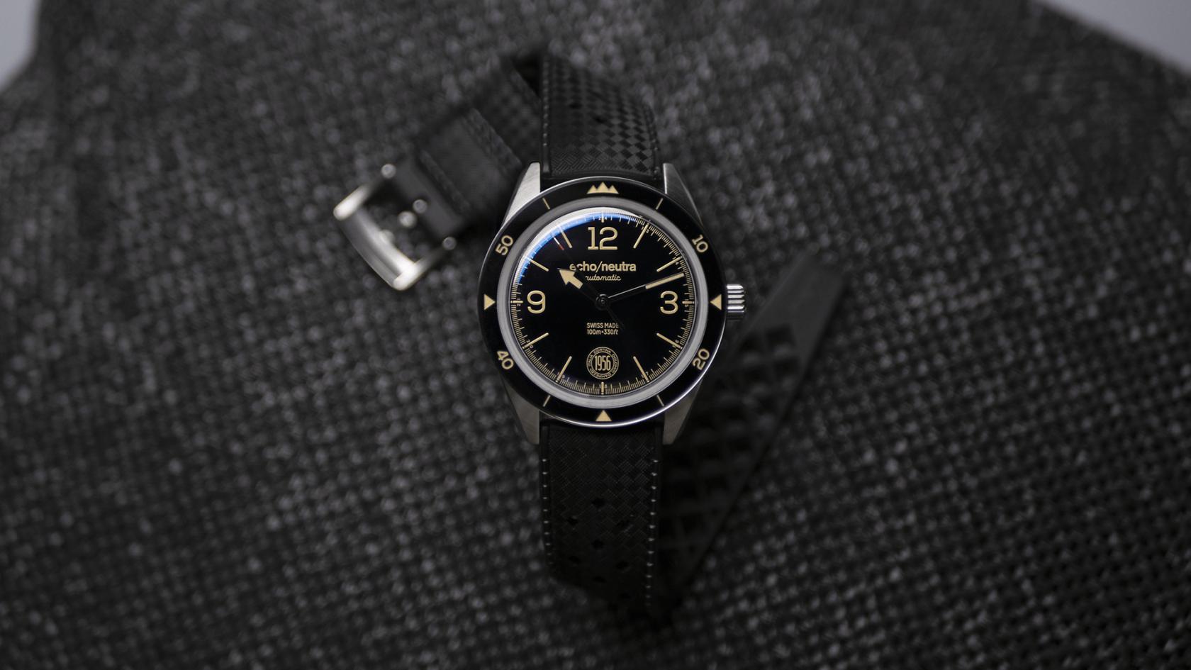 Cortina-1956-3h-black-swiss-made